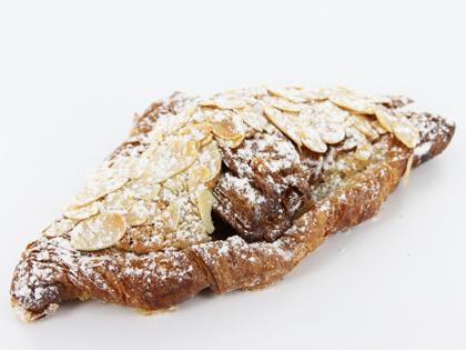 EMP Almond Croissant (Box 3)
