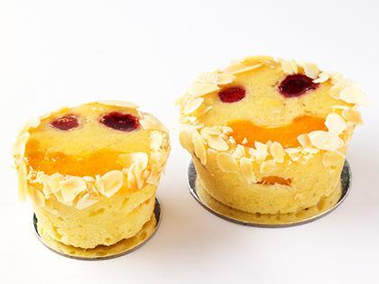 TC 2.5 Tiny Flourless Berry Peach Ricotta & Almond