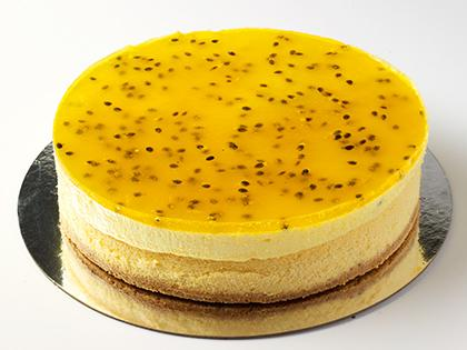 """TC 7"""" Small Cheese Cake Passionfruit Mousse"""