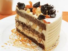 "MQ 10"" Hummingbird Cake"