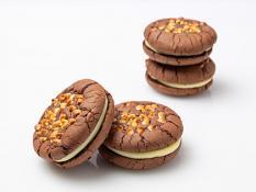 Whoopiescookies White Choc Macadamia - Flourless (4 Pk)