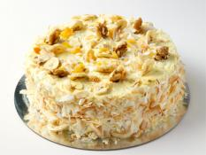 "TC 9""  Medium Hummingbird cake"